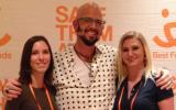 Jackson Galaxy and two women